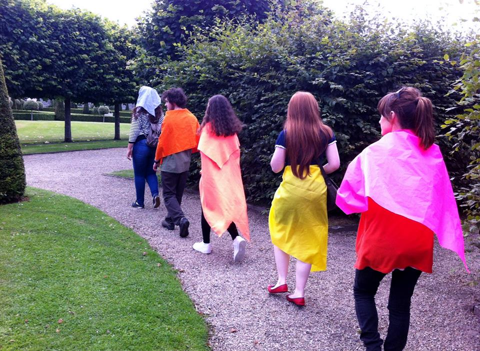 Silent walking tours wearing colour, Rhona Byrne
