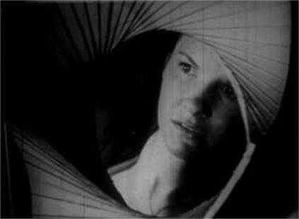 04 - Maya Deren - Witch's Cradle - 01